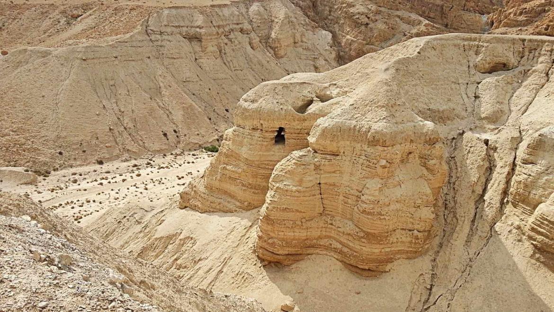 Dans les cavernes et les grottes… des Archétypes